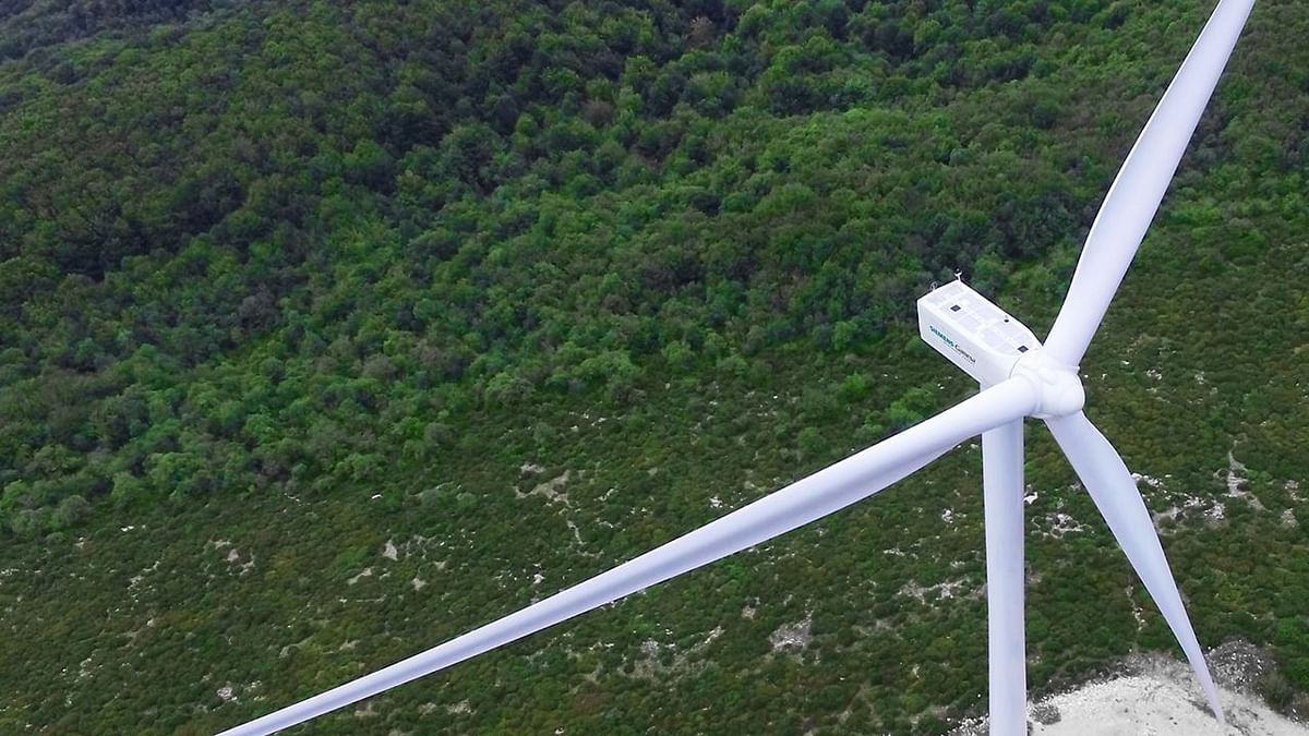 Siemens Gamesa Bags Service Contract for Senvion Wind Projects