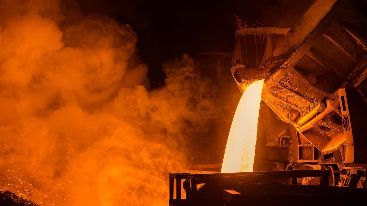 US Steel Production Capacity Utilization Climbs to 73% in Week 51