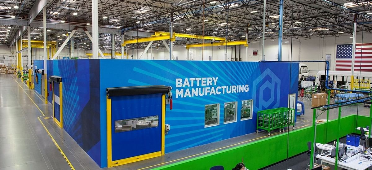 Proterra Opens EV Battery Plant in Los Angeles County