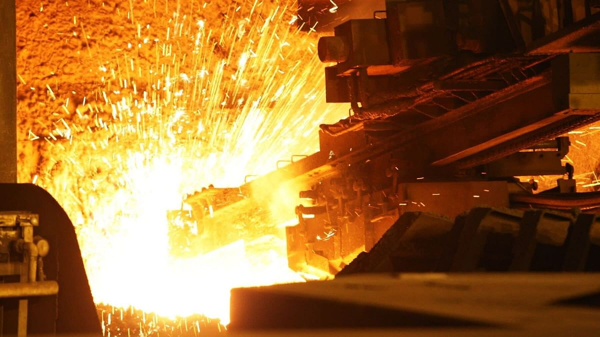 Japan Plans to Support Steel Sector to Cut Emission
