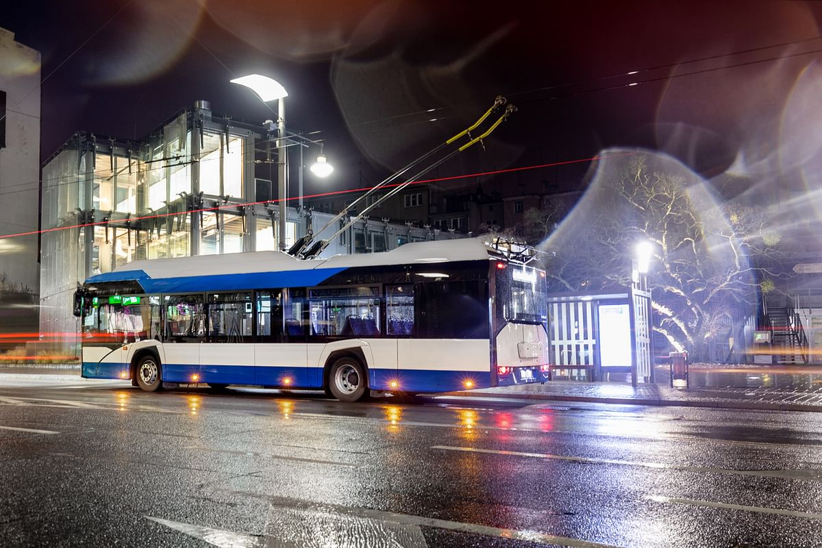 Romanian Town Targu Jiu Orders 11 Solaris Trollybuses