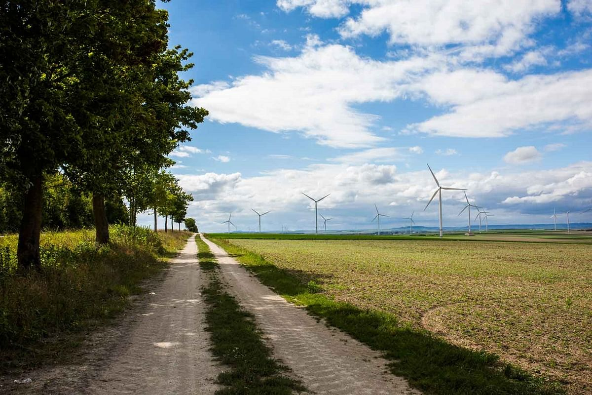 RWE Constructing 4 Onshore Wind Farms in France & Poland