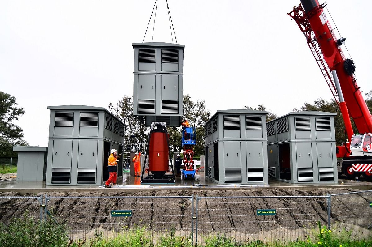 Rozenburg Peninsula Shore Based Power Project to be Continued