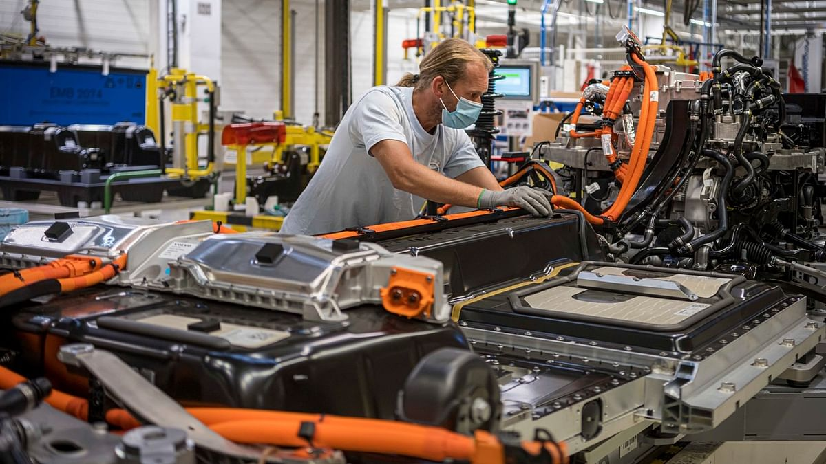 Volvo Cars to Triple Electric Vehicle Production Capacity in Ghent