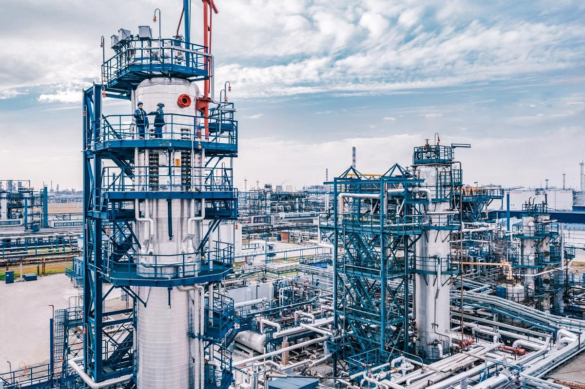 Gazprom Neft Increase Production of Synthetic Lubricants at OMSK