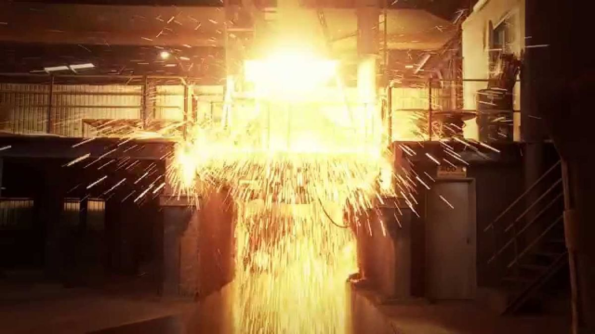 China Closing Small Ferrochrome Furnaces
