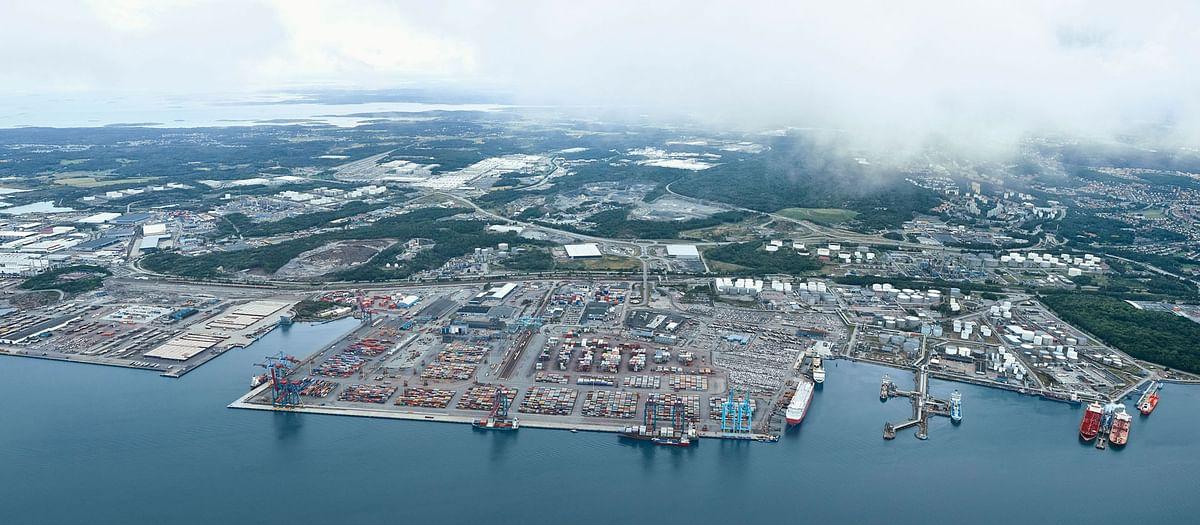 Scania to Make Gothenburg Port Fossil Free