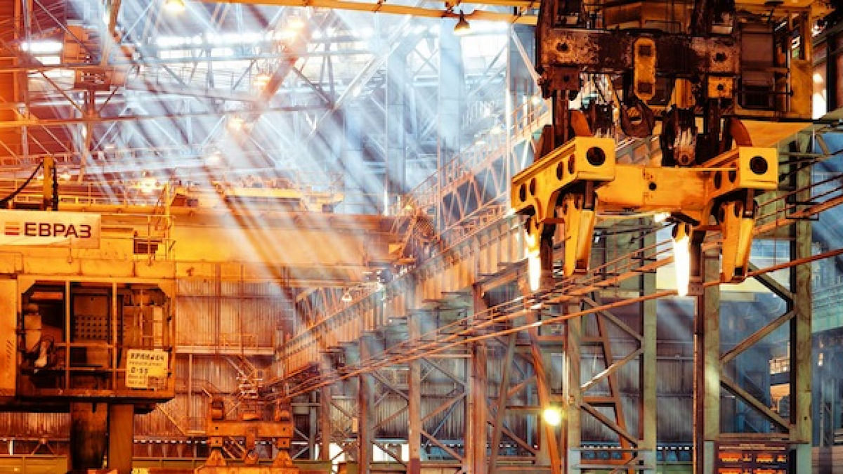 EVRAZ Reports YoY Flat Crude Steel Production in 2020