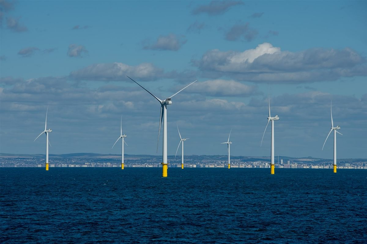RWE Acquires 20% E.ON Stake in Offshore Wind Farm Rampion