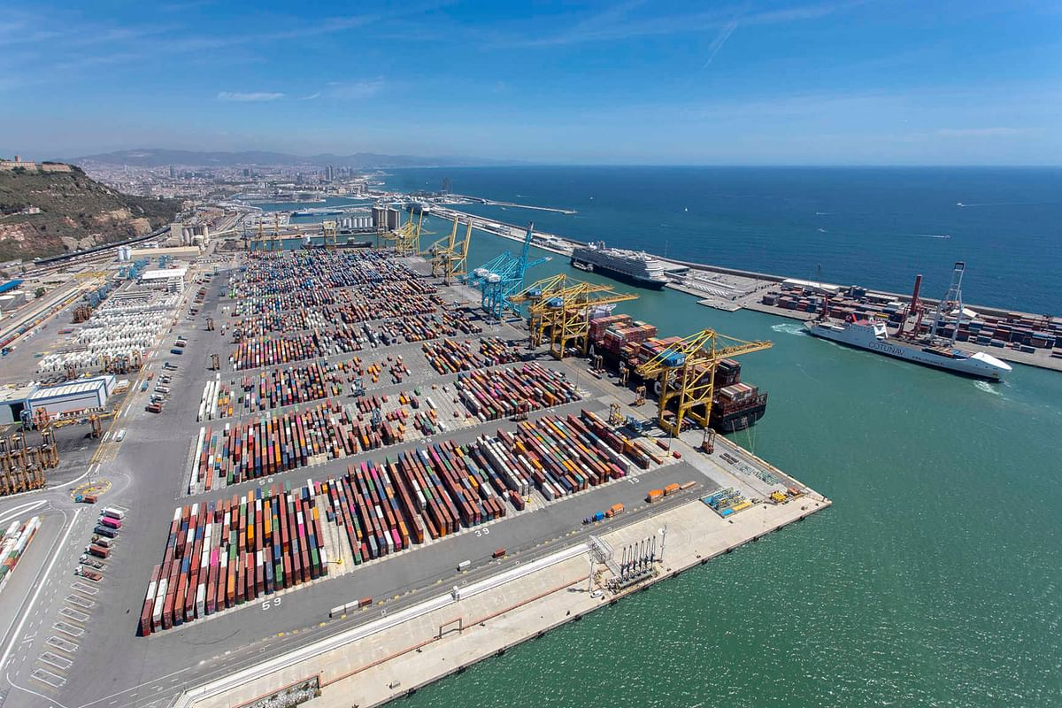 5G Technology to Improve Traffic Safety at APM Terminals Barcelona