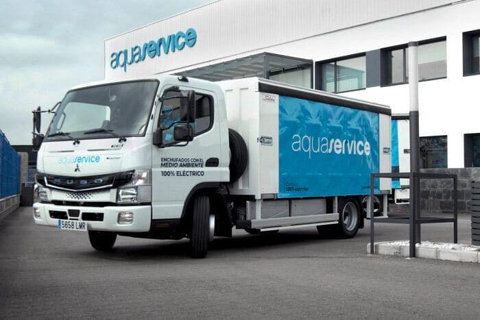 Spainish Aquaservice Using Daimler eCanter Trucks