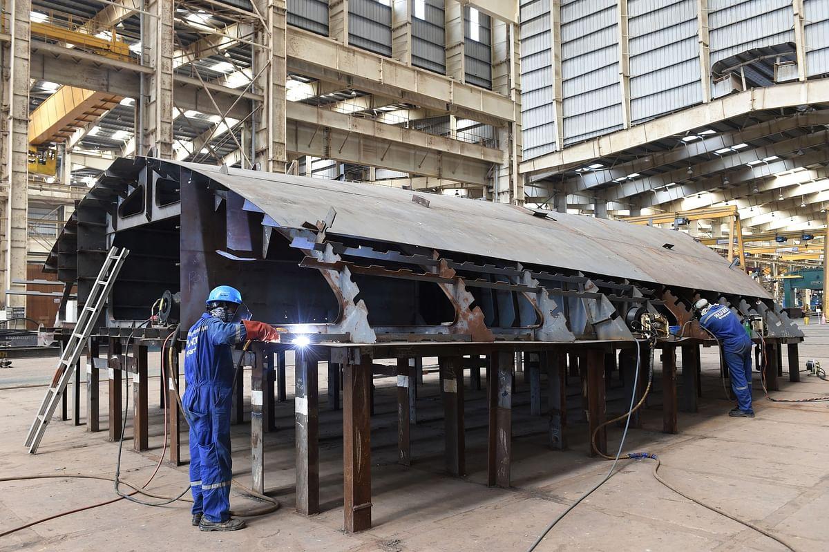 JSPL, GMS & Kotak Express Interest in Reliance Naval & Engineering