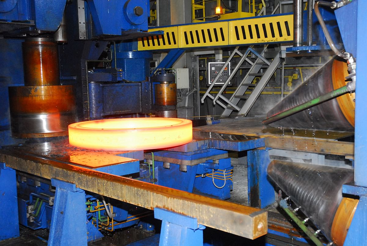 Mechel Izhstal Starts Line for Finishing Rolled Products