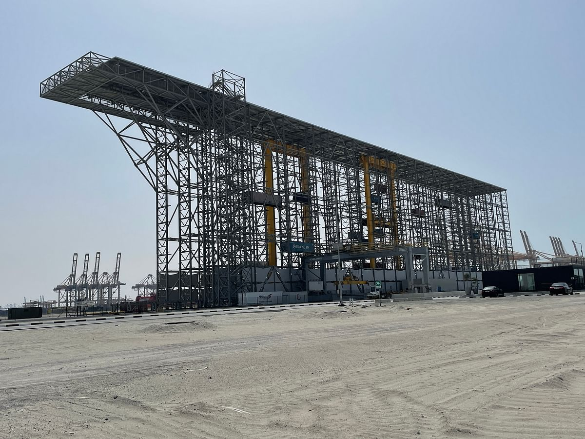 Boxbay Container High Bay Store System at DP World in UAE