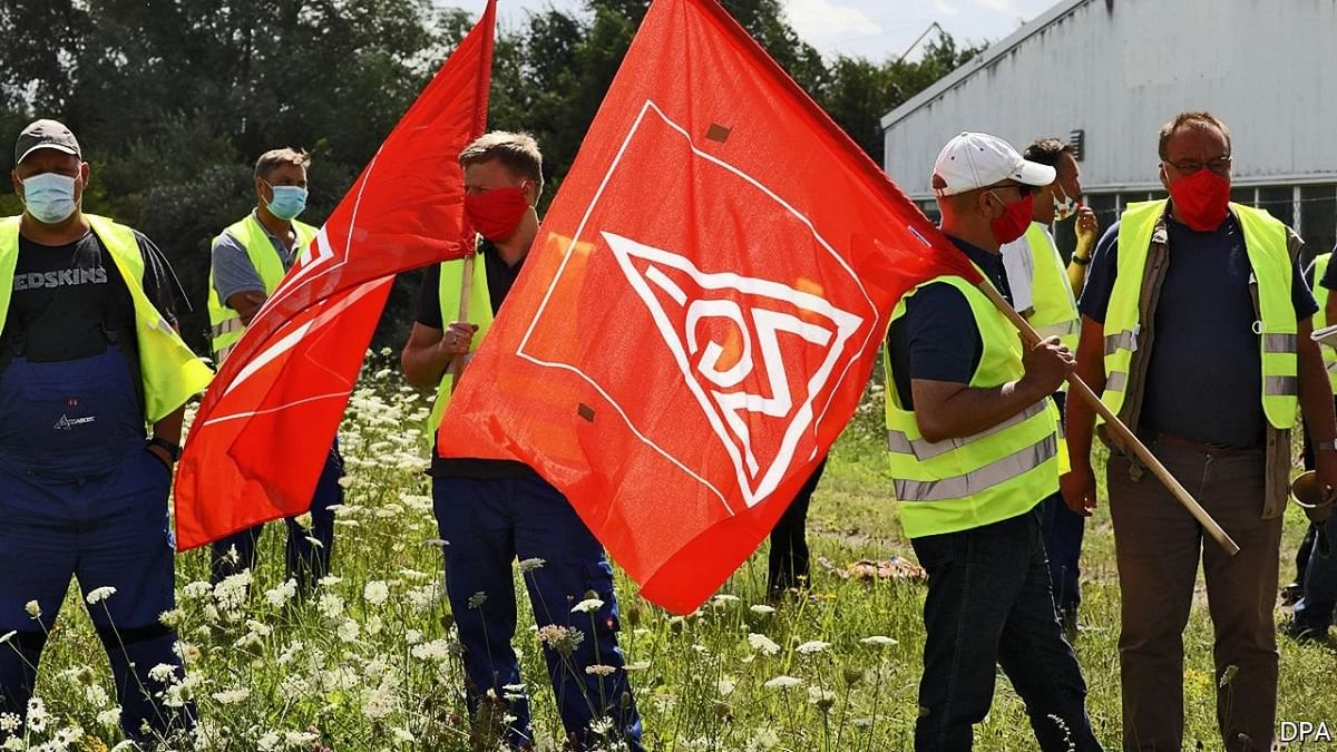 German Steel Workers Unions Agree on Wage Agreement