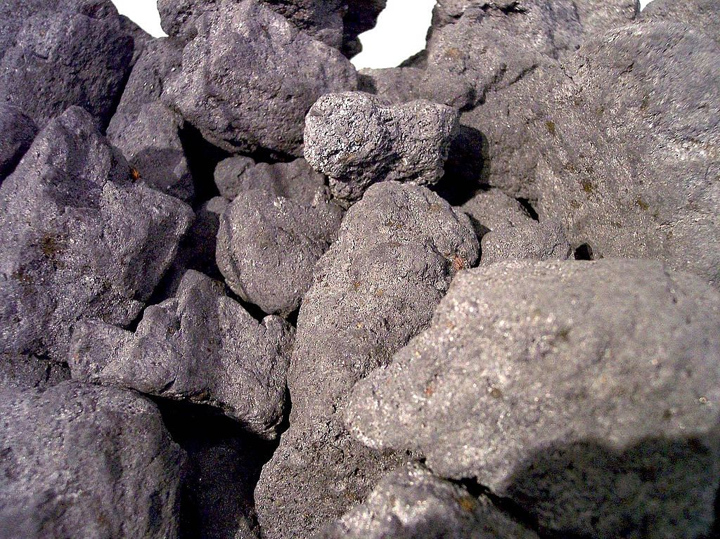 Iron Ore Fines CFR China & Coking Coal   Apr 07, 2021