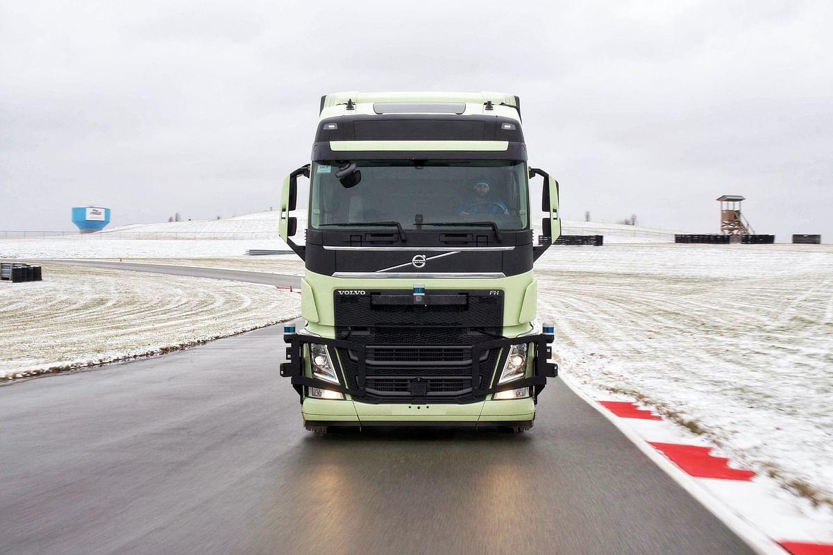 Volvo & Aurora to Accelerate Autonomous Trucks in NA