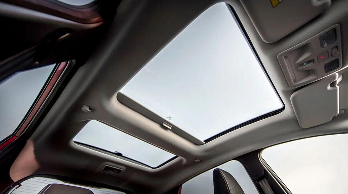 Grupo Antolin Lightens Plastic Frames of Panoramic Roof