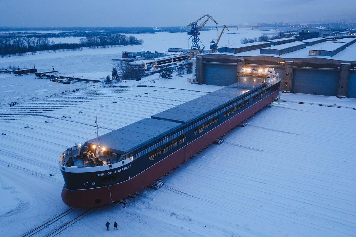 Krasnoe Sormovo Launches Dry Cargo Ship Alfa Helios