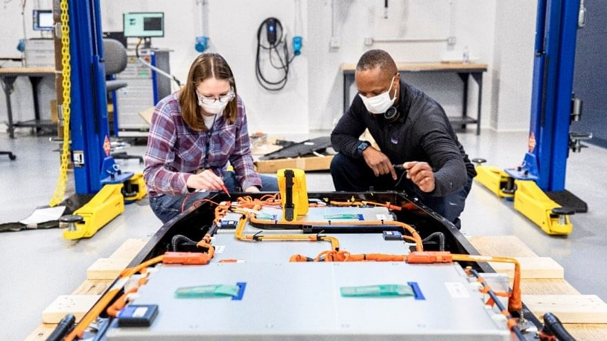 Ford Launches Battery Center of Excellence - Ford Ion Park