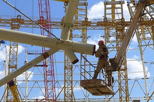 OMK Claims of 35% Savings by High Strength Steel Structures
