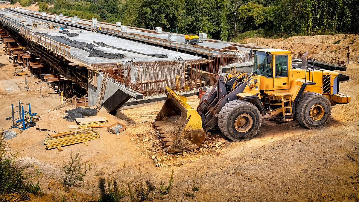 Rising Steel Prices Hit Highway Construction Projects in Vietnam