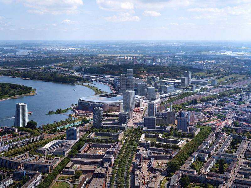 OMA Completes Design for New Feyenoord Stadium