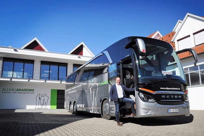 BAZ Using 2 Setra Buses for Training Drivers