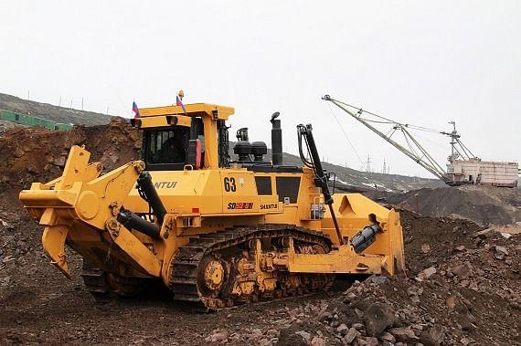 Bulldozer Increases Efficiency at Mikhailovsky GOK  Metalloinvest