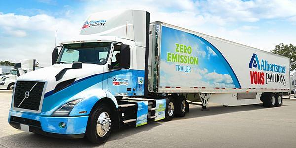 Albertsons Receives 2 Volvo VNR Electric Trucks