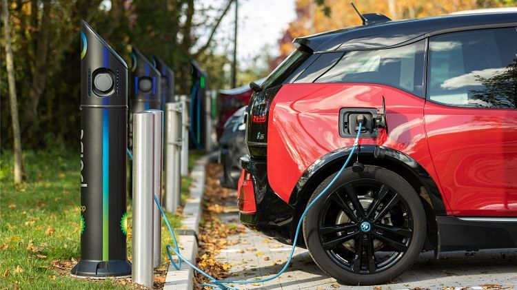 bp Invests in Smart Electric Vehicle Charging Firm IoTecha