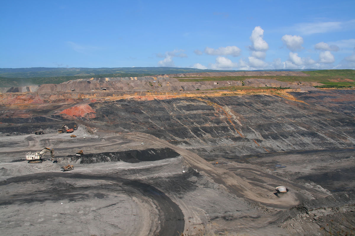 Glencore to Acquire BHP & Anglo Shares in Cerrejón Coal Mine