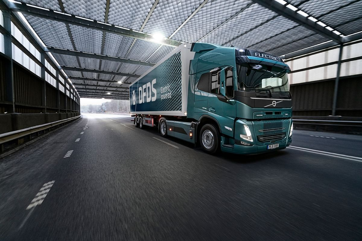 Volvo Trucks & DFDS to run Electric Supply Chain Transports