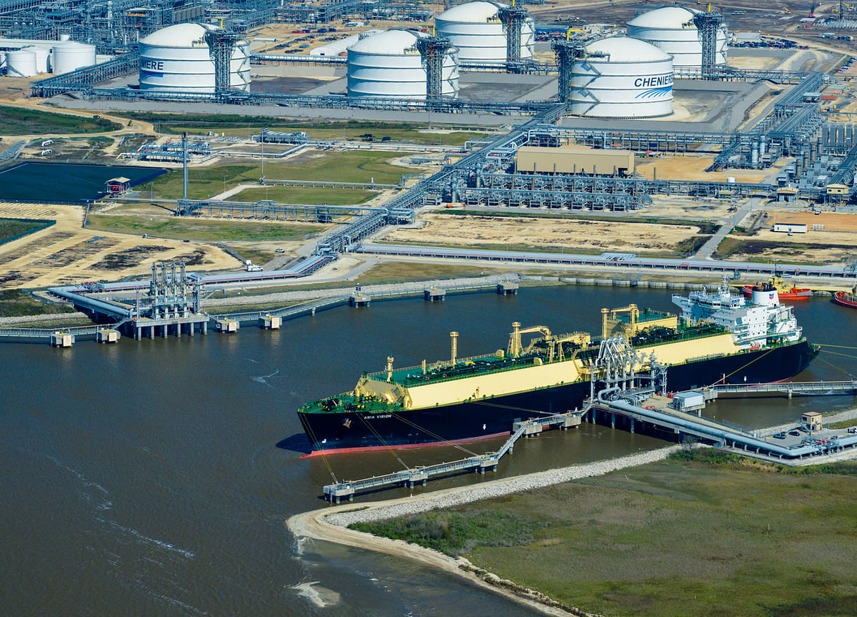 LB Foster Provides Sheet Piles for Sabine Pass LNG Export Facility