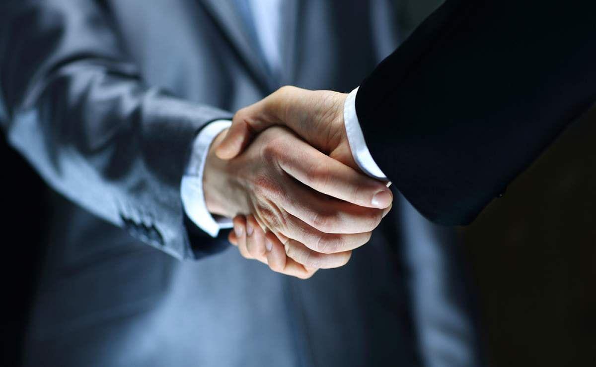 First Light & New Oroperu Announce Business Combination
