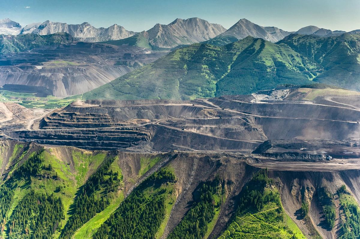 Canada Curbs Future Thermal Coal Mining Projects