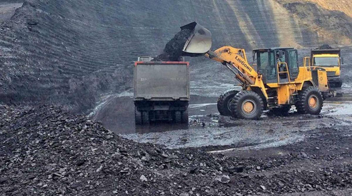 India Puts 67 Coal Mines in Auction