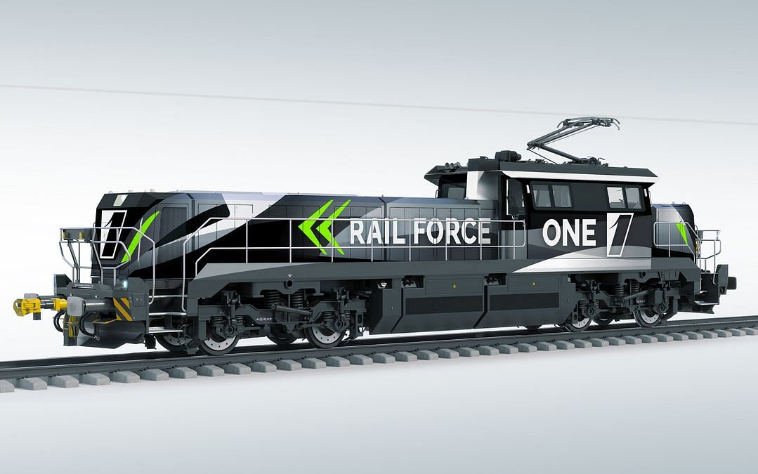 Electric Shunting Locomotives for Port of Rotterdam in Production