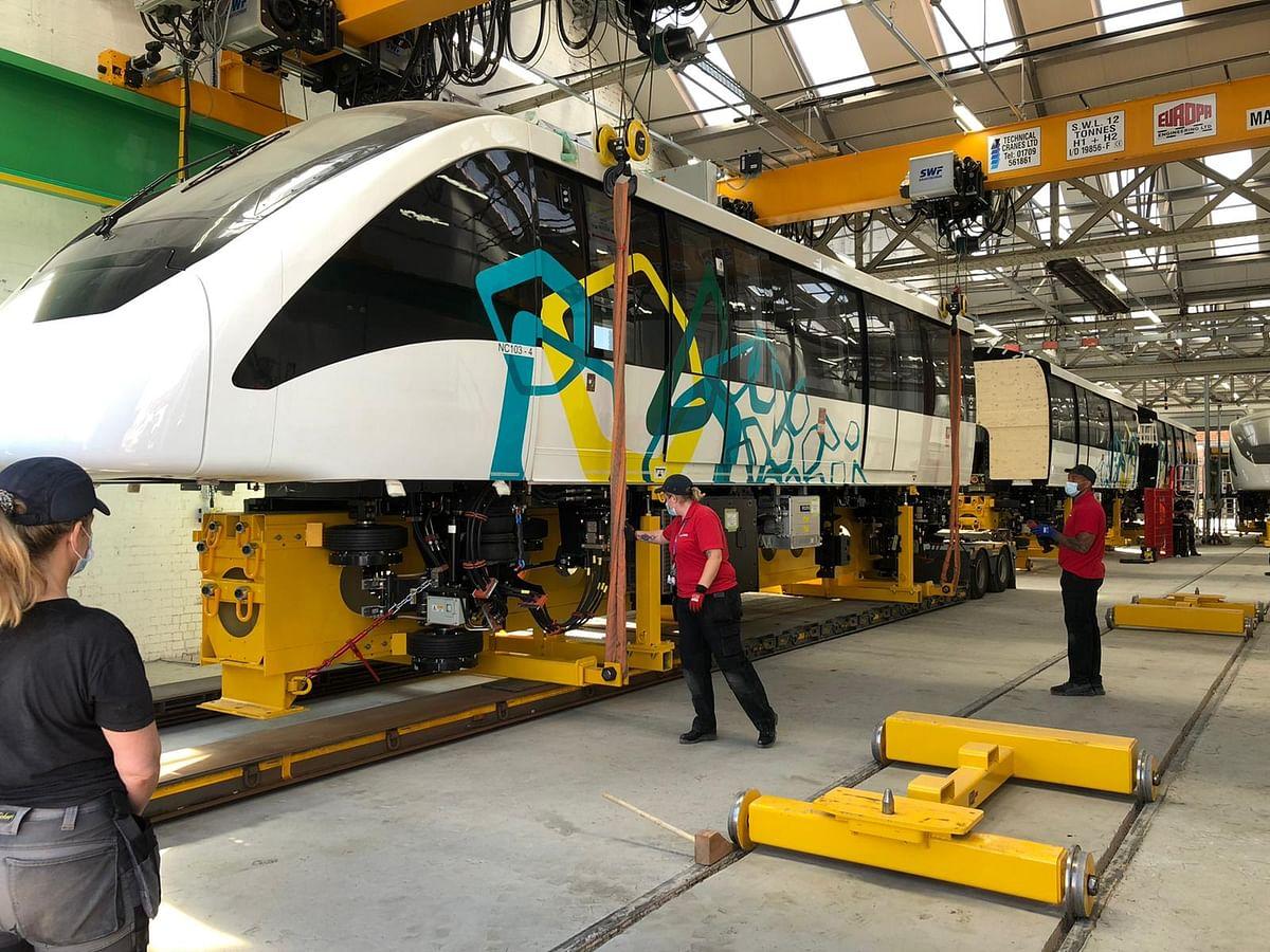 Alstom UK Ships 4 Alstom Innovia 300 for Cairo Monorail