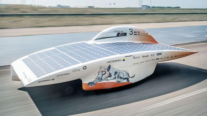Vattenfall Solar Team Presents Nuna11, Picasso of Solar Cars