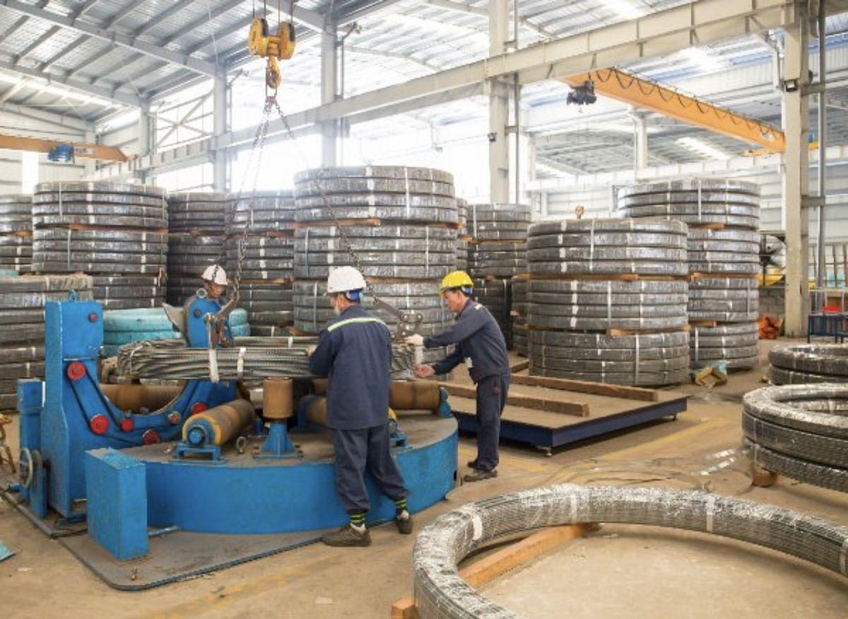 Hoa Phat Posts 100% Increase in Prestressed Steel's Sales in H1