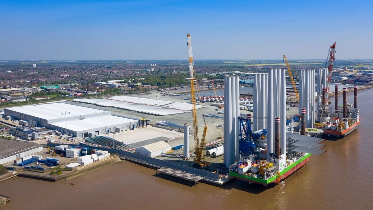 Siemens Gamesa to Double Offshore Blade Facility in UK