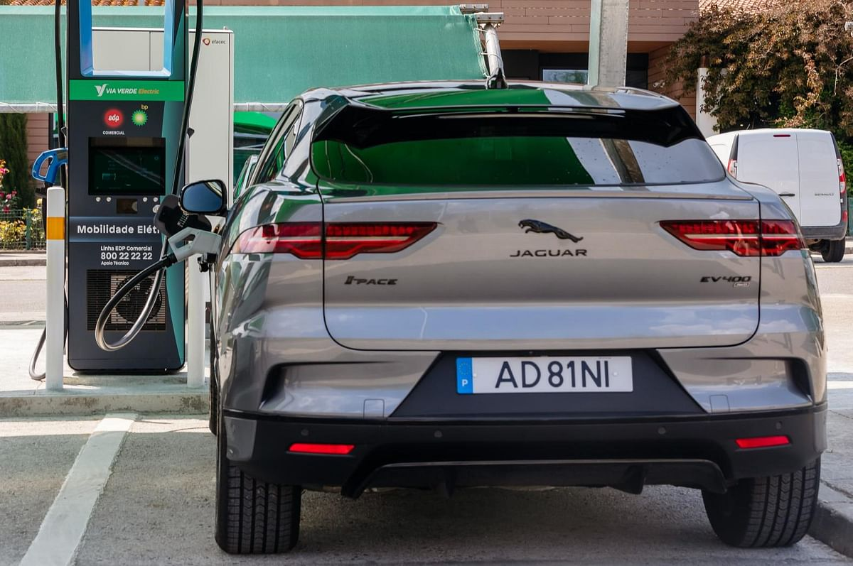 Jaguar Land Rover & EDP to Promote Electric Vehicles in Portugal