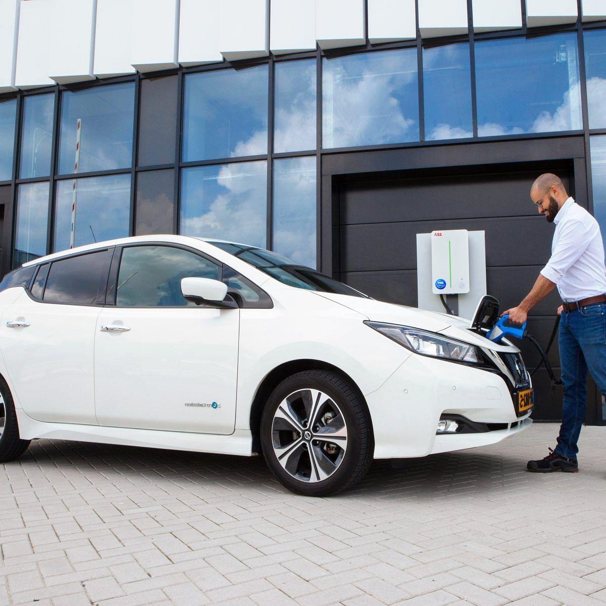 EDF & Nissan Launch Commercial V2G Service for EV fleets