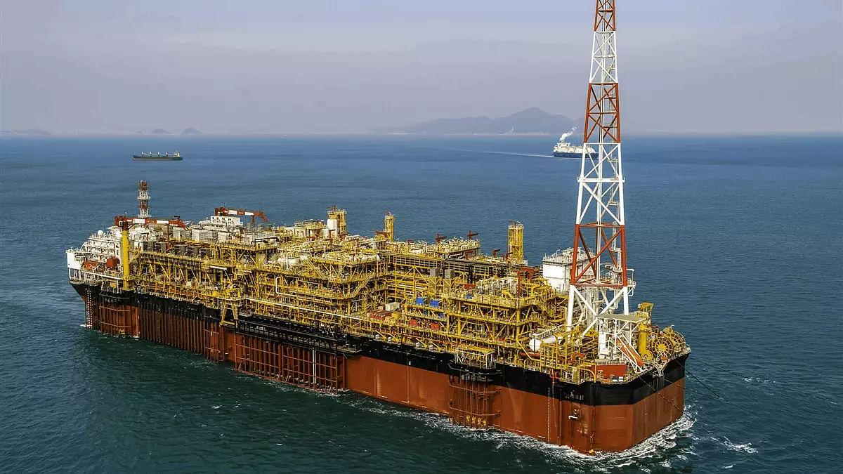 SBM Offshore Signs FPSO Almirante Tamandaré Contracts
