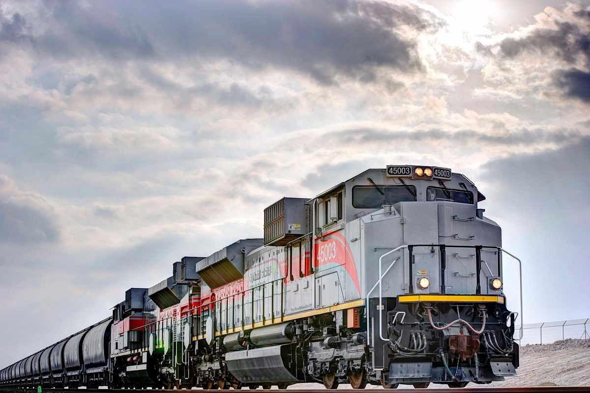 Etihad Rail & Al Ghurair Iron & Steel Sign Logistics Pact