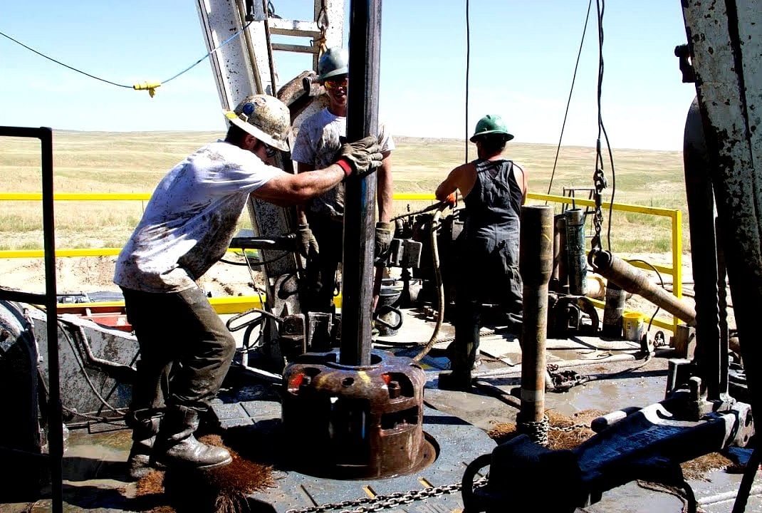 Nippon Steel's New Oil Well Pipe Connection NSMAX GR PS in Use