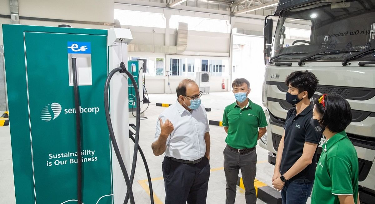 Sembcorp Opens Solar-Powered EV Charging Hub in Singapore