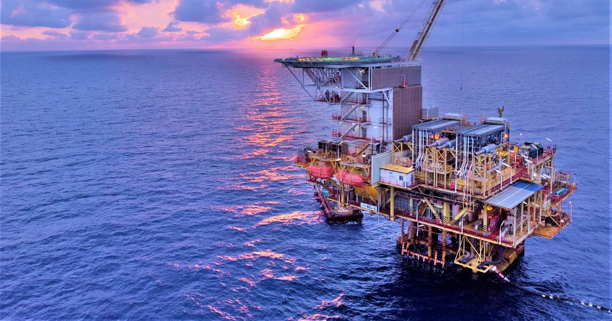 Sapura Drilling Awards Halliburton Offshore Well Contract