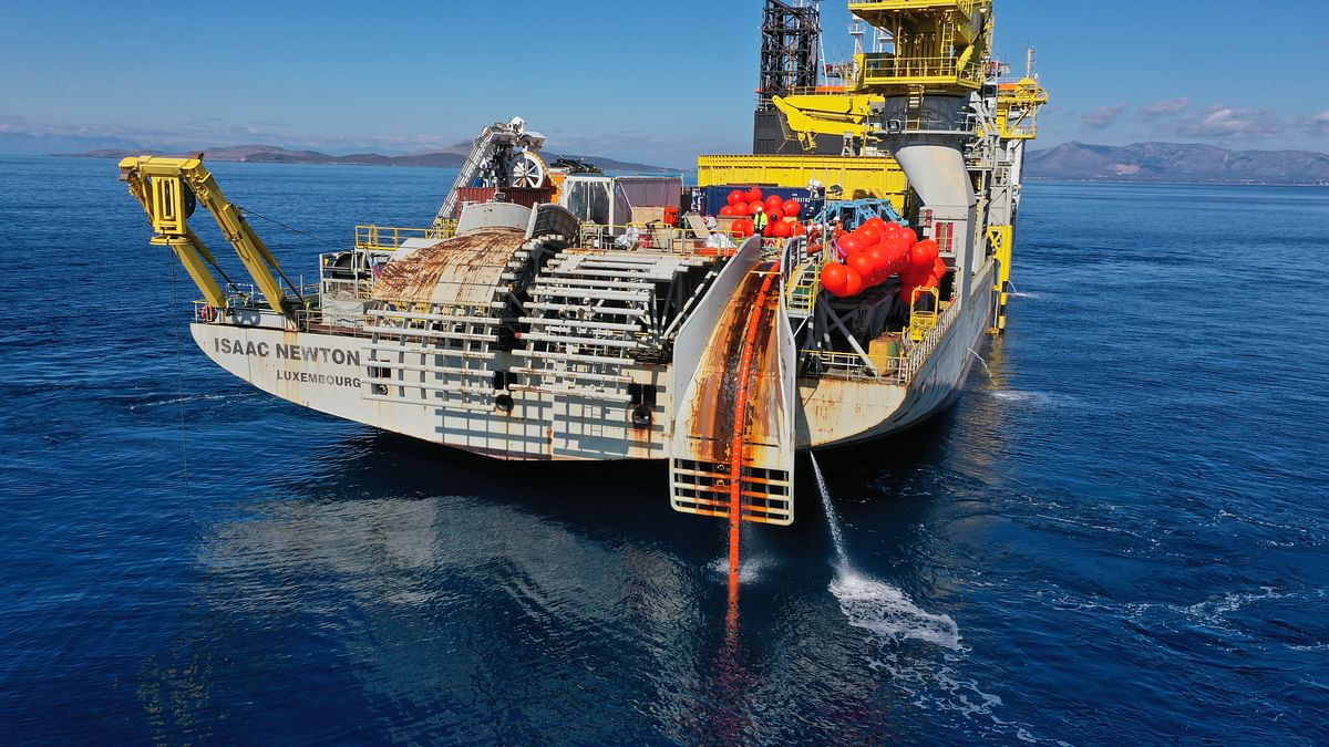 Cable Laying Vessel Isaac Newton of Jan De Nul Group